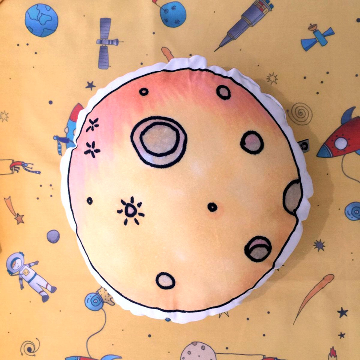 Almofada Toy Lua