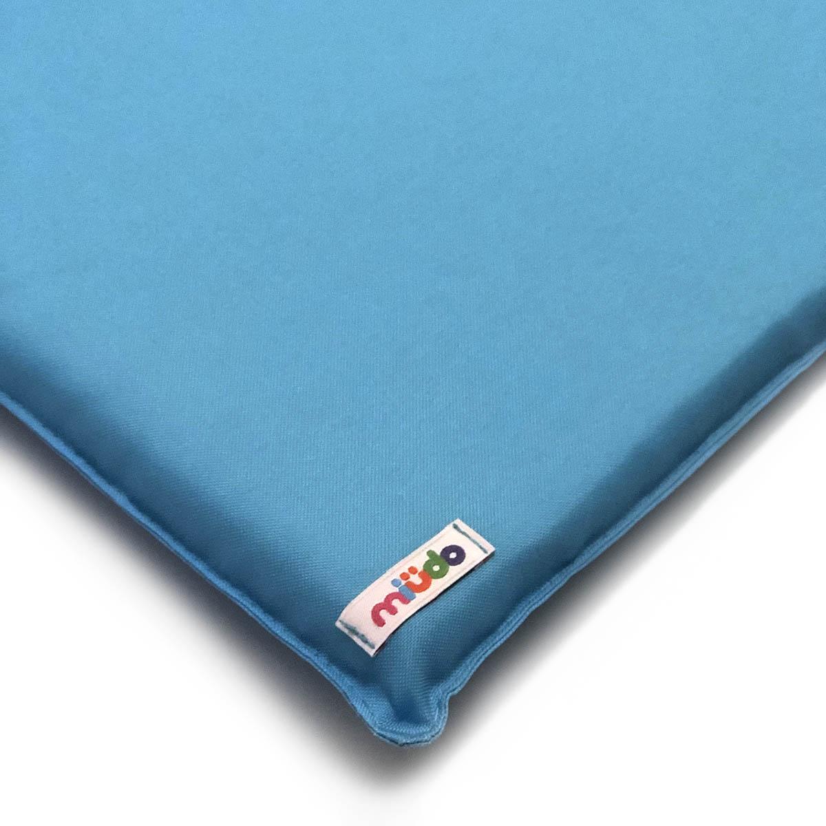 Almofada Azul De Nylon E Espuma